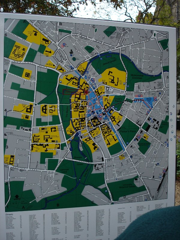 Now you can check out how does the Cambridge town centre look like. I think that those yellow spots should be colleges.