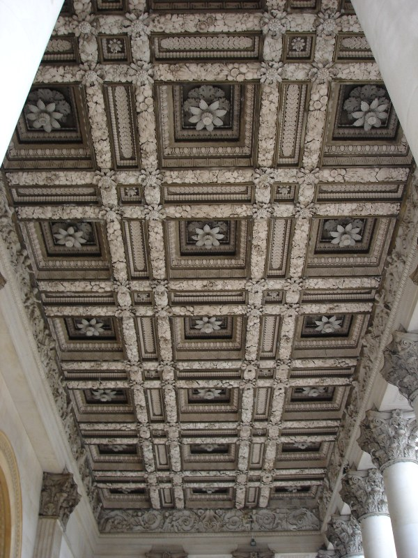 Beautiful ceiling in the entrance area.