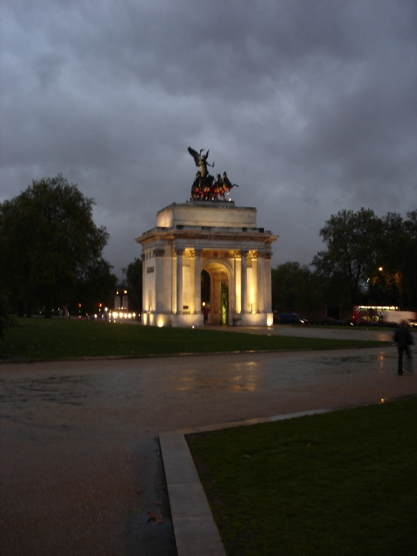 The Wellington Arch between Hyde Park, Green Park and Buckingham Palace Gardens.