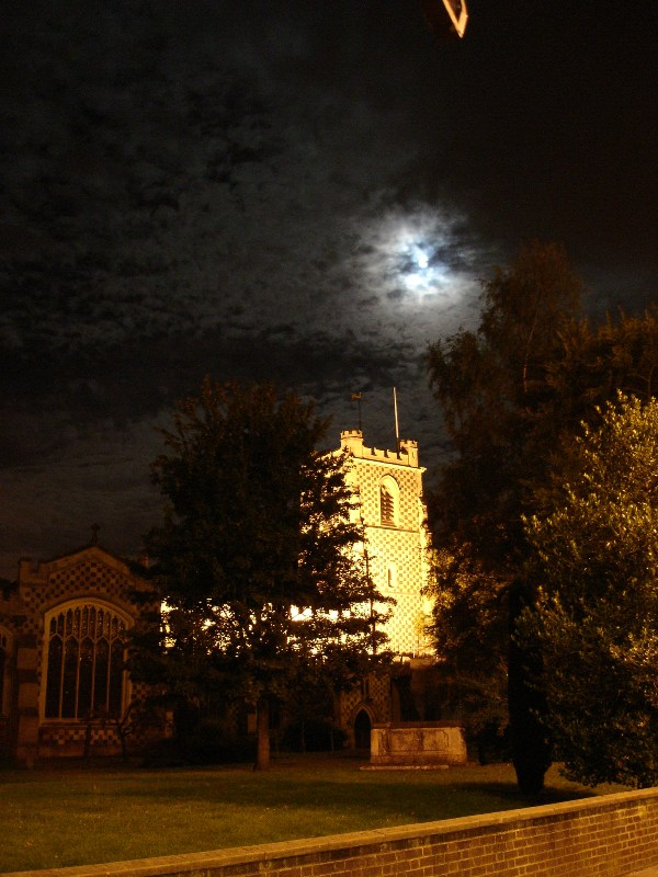 Yes, this one's a lovely picture, Saint Mary's Church by the moonlight. I reckon this is the best one I took that night.