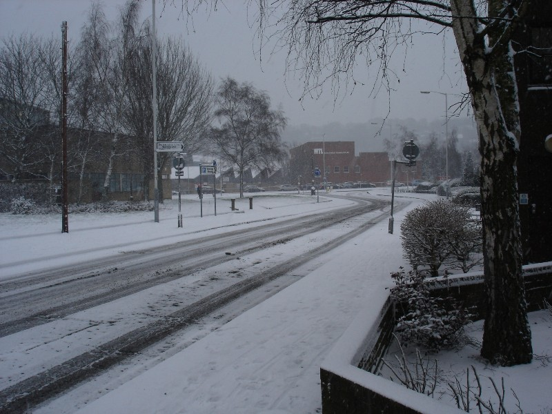 As I was walking towards the Uni, snow was crunching under my feet – what a nice feeling!