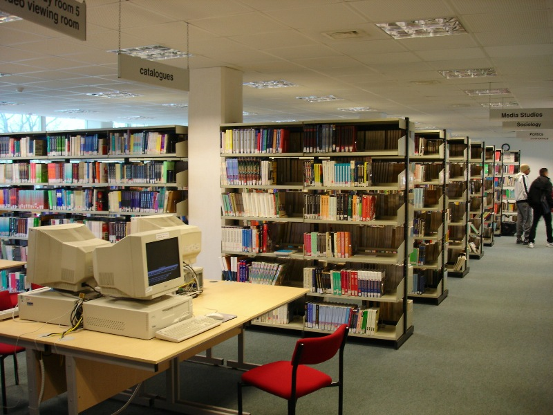 Yup, and that's it. Another room filled with books and stuff like that. Just to get the idea how big it is...